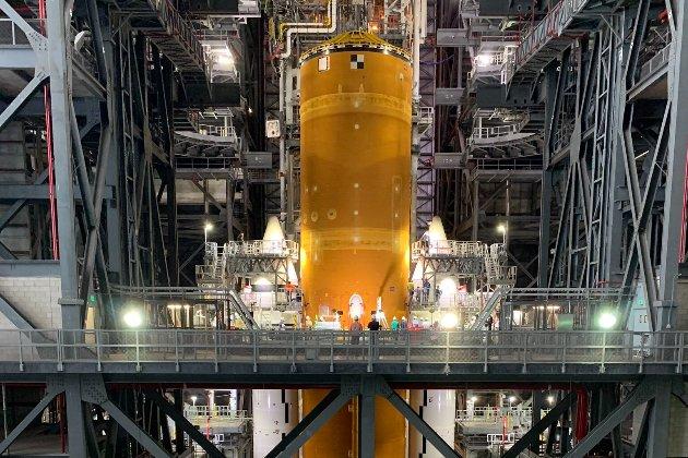 NASA опублікувало перше фото нової важкої ракети. Її планують відправити на Місяць