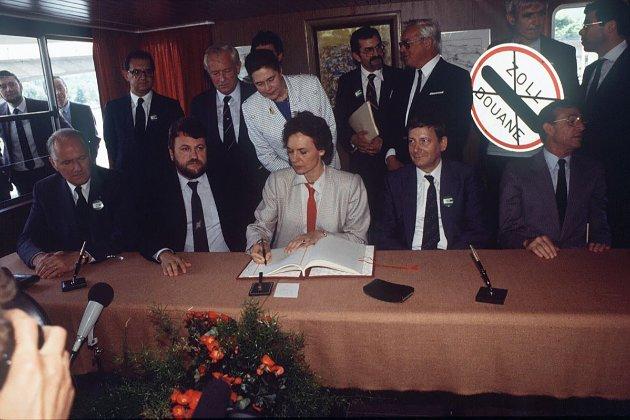 Фотоісторія. В цей день у 1985 році п'ять європейських держав підписали Шенгенську угоду