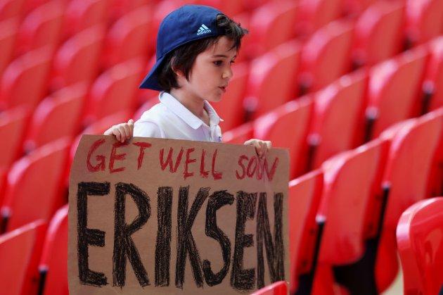 Еріксен сказав перші слова журналістам після клінічної смерті на полі
