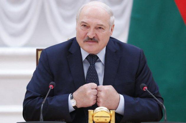Лукашенко заявив, що Білорусь не прийматиме літаки з України