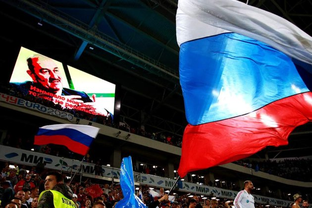 У Копенгагені осквернили пам'ятник Шевченку, розфарбувавши його у кольори російського прапора