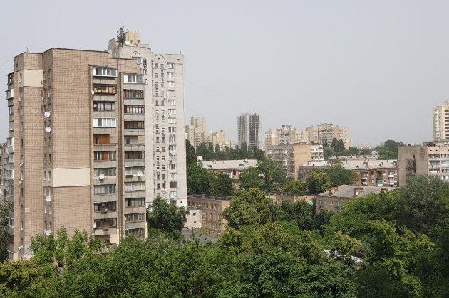 Київ накрила піщана буря. Її принесло з Астраханських степів