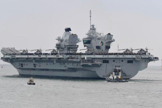 На борту британського есмінця, який нібито обстріляла Росія, перебував кореспондент BBC