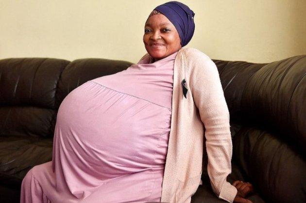 Історія про народження 10 дітей виявилася фейком, «матір» забрали до психлікарні