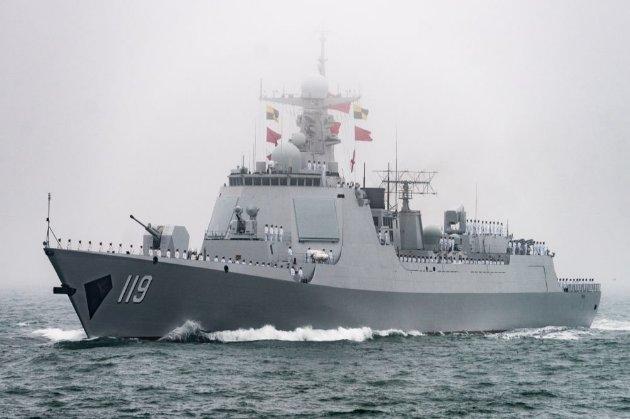 ФСБ оприлюднила відео з командою «Вогонь» по британському есмінцю в Чорному морі