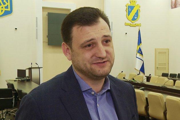 Нардеп від «Слуги народу» в неадекватному стані катався по Одесі. Пройти перевірку на наркотики він відмовився