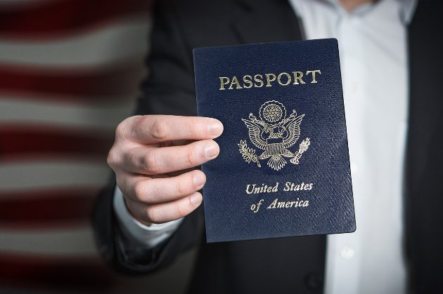 Із серпня росіянам припинять видавати візи до Сполучених Штатів