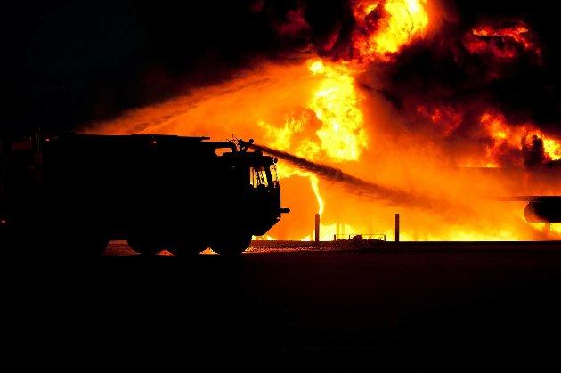 У Канаді аномальна спека спричинила пожежу, яка знищила ціле селище