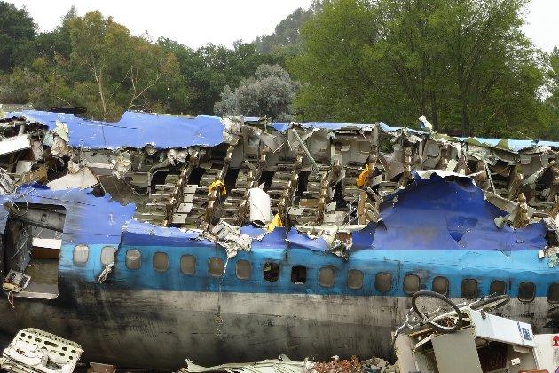 На Філіппінах розбився військовий літак. Щонайменше 29 людей загинули