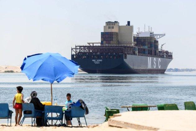 Судно, що блокувало в березні Суецький канал, відпустять. Його власники виплатять компенсацію