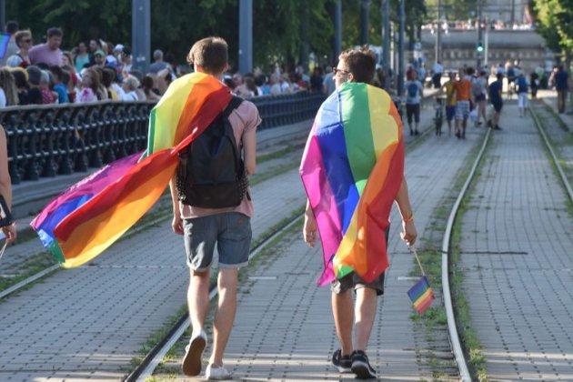 Дискримінація сексуальних меншин. В Угорщині набрав чинності скандальний закон «проти ЛГБТ»