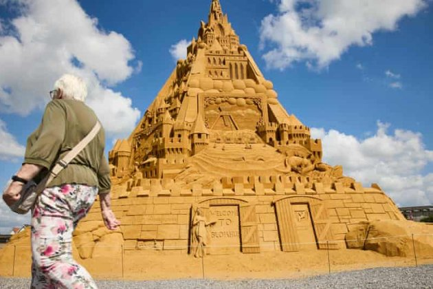 У Данії побудували найбільший у світі замок з піску. Він увійшов до Книги рекордів Гіннеса