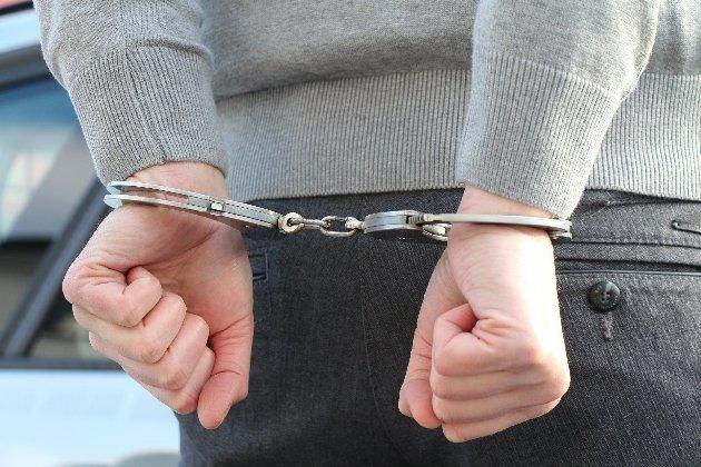 Прикордонники Чорногорії затримали двох водіїв українського туристичного автобуса — МЗС