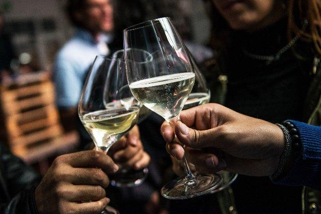 «Прошек» проти «просекко». Італія та Хорватія сперечаються через назви вина