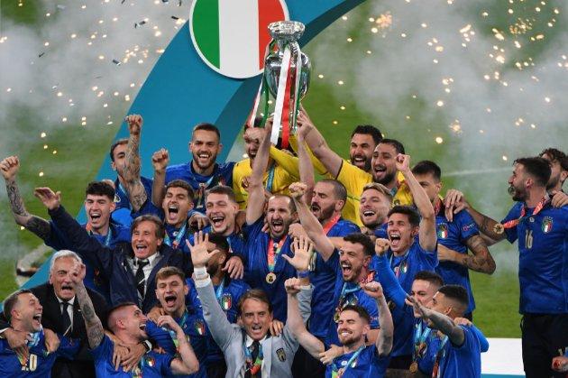Непереможність Італії, прокляття домашнього поля та злива автоголів. Євро-2020 і його фінал — у цікавих фактах