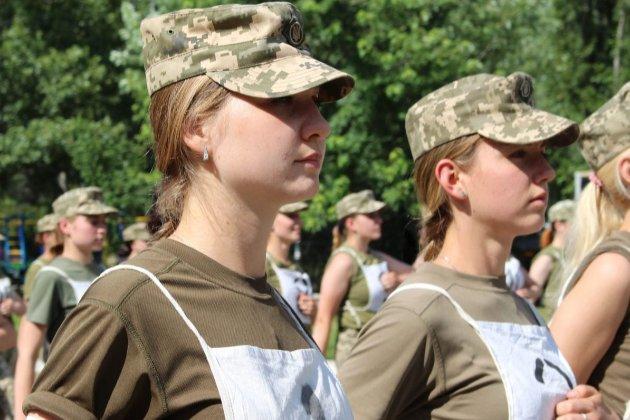 Депутати перейменували День захисника на День захисників та захисниць