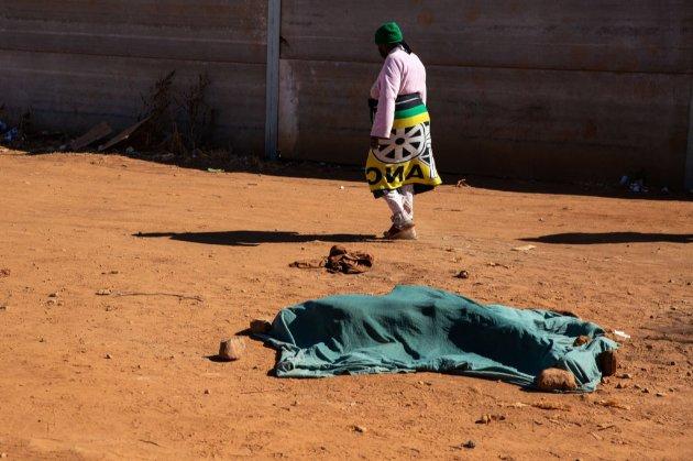 У Південній Африці тривають протести після арешту експрезидента. 72 людини загинули