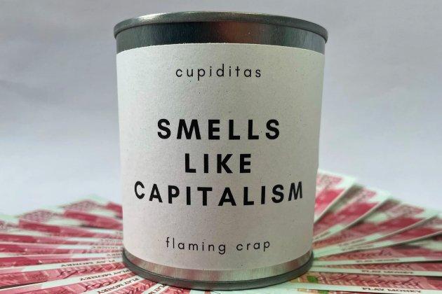 Британський бренд випустив свічку, яка пахне, «як проблеми багатих людей»