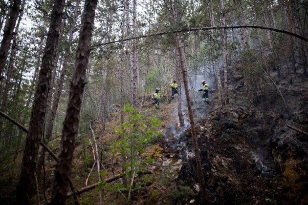 У популярній туристичній зоні в Іспанії горів ліс. Евакуйовано сотні людей