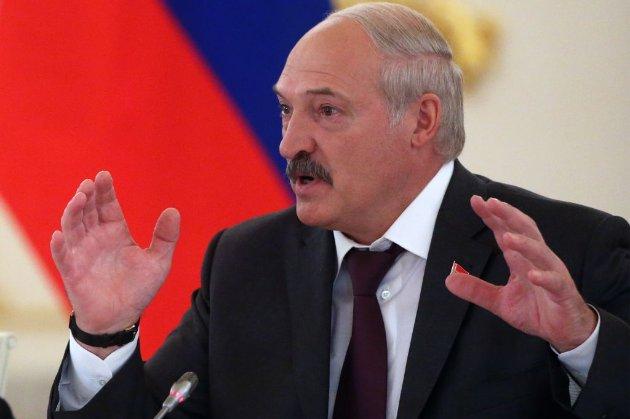 Лукашенко заявив, що ЄС підштовхує країни до Третьої світової війни