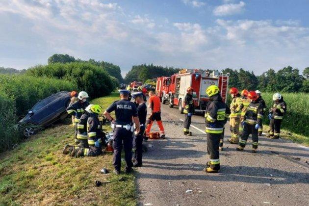 В Польше нетрезвый водитель протаранил автобус с украинцами. Один человек погиб