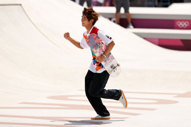 На Олимпиаде впервые в истории прошли соревнования по скейтбордингу. Победил японец