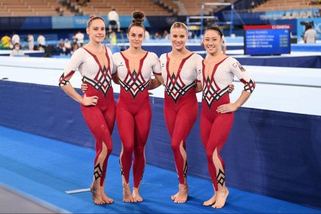 Немецкие гимнастки выступили на Олимпиаде в закрытых комбинезонах вместо трико