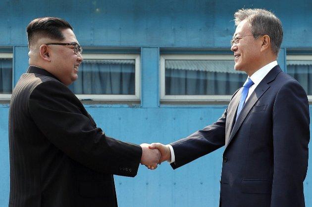В годовщину окончания войны. Северная и Южная Кореи возобновили разорванные линии связи