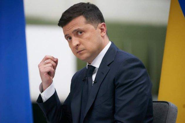 «Люди были без масок». Зеленский раскритиковал организаторов крестного хода в Киеве в условиях пандемии COVID-19