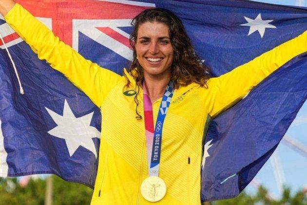 Австралийка отремонтировала свой каяк с помощью презерватива и выиграла золотую медаль на Олимпиаде
