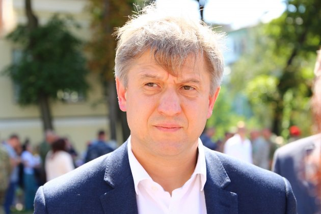 Данилюк считает, что Милованов по указанию ОПУ снял его с конкурса в Бюро экономической безопасности