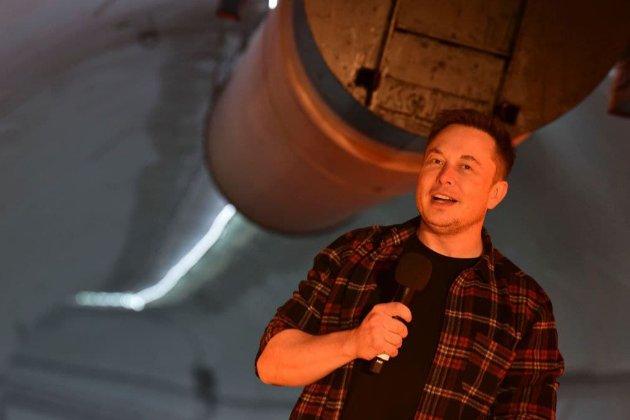 Водителям тоннеля Илона Маска сказали называть его «великим лидером» перед пассажирами