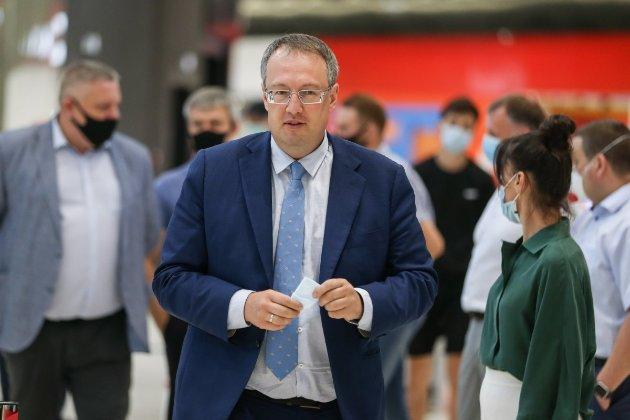Уряд звільнив Антона Геращенка з посади заступника глави Міністерства внутрішніх справ
