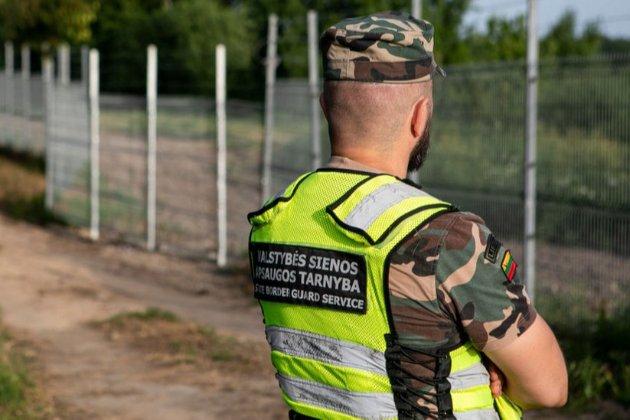 Литва обіцяє виплачувати до €300 кожному мігранту за повернення на батьківщину
