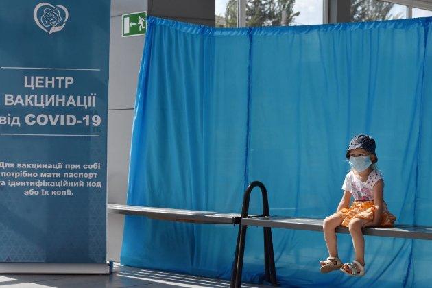 В Україні зафіксували чотири нові смерті від штаму коронавірусу «Дельта» за добу