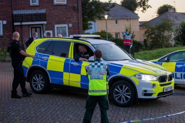 У Великобританії чоловік стріляв у перехожих на вулиці. Серед жертв є дитина