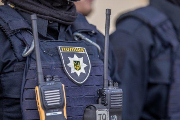 На Херсонщине психически больной мужчина убил полицейского и ранил медика