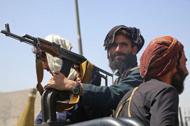 Около Кабула заблокированы 12 украинцев. Они находятся на военной базе, которую окружили талибы