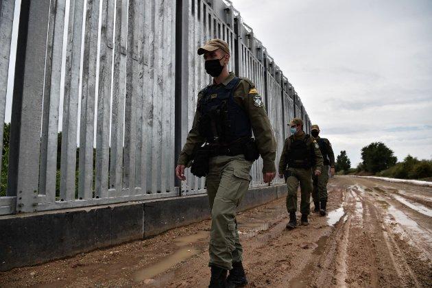 Греція встановила паркан на кордоні з Туреччиною через побоювання нової хвилі міграції з Афганістану