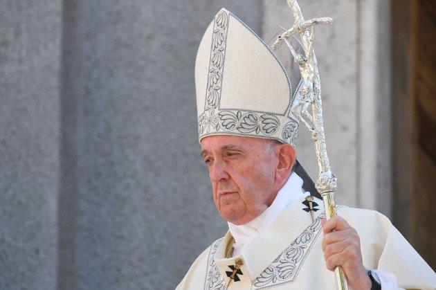 Папа Римский может отречься Святого Престола из-за неудовлетворительного состояния здоровья — СМИ