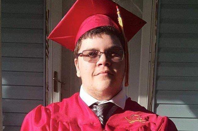 Шкільна рада Вірджинії заплатить колишньому учню-трансгендеру $1,3 млн через дискримінацію