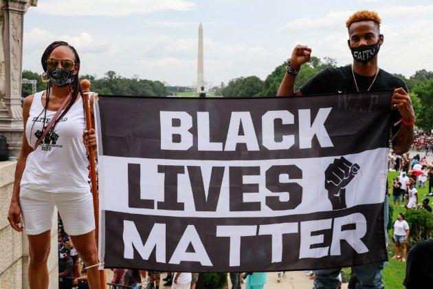 Масло у вогонь протестів. У США копи вбили ще одного темношкірого