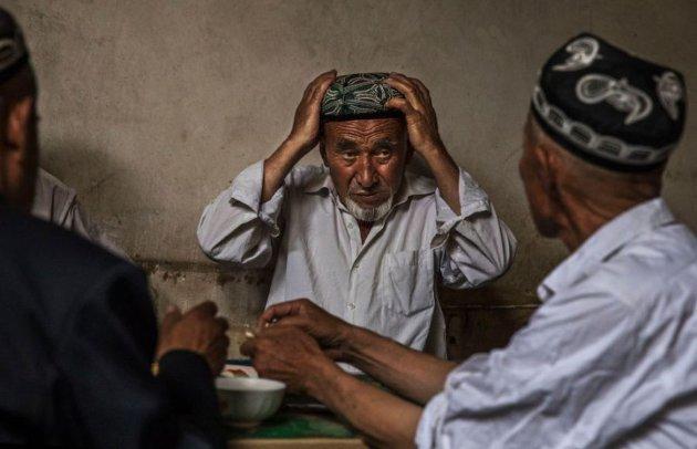 Система «перевиховання». Китай побудував близько 400 таборів для уйгурів