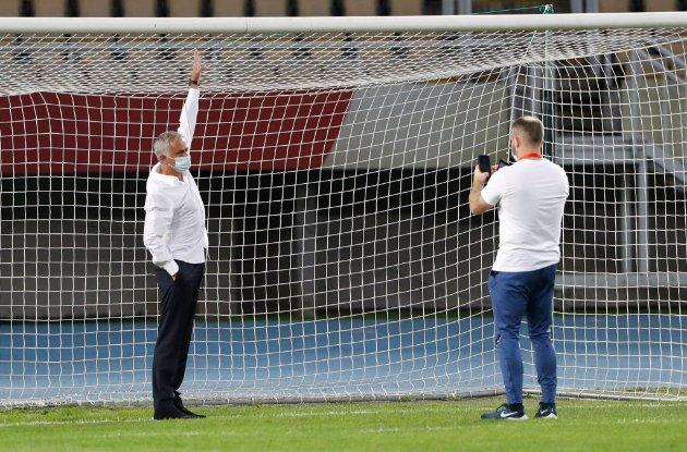 «Менше на 5 см». Моуріньо в Македонії попросив замінити ворота