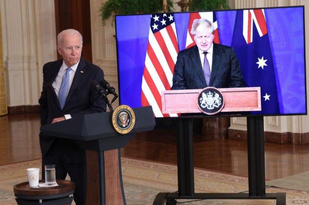 Для стримування Китаю. США, Британія і Австралія оголосили про створення військового альянсу