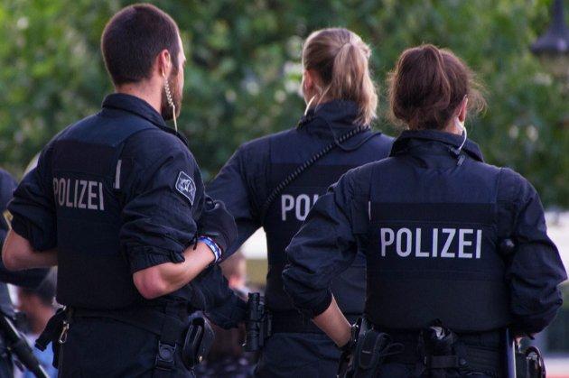 У Берліні афганець напав на людей із ножем, поранено двох осіб. Поліція не виключає теракт