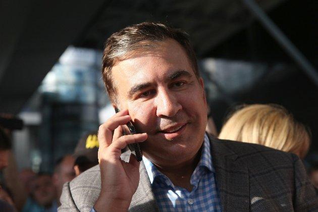 Саакашвили заявил, что приедет в Грузию на местные выборы 2 октября. В стране ему грозит арест