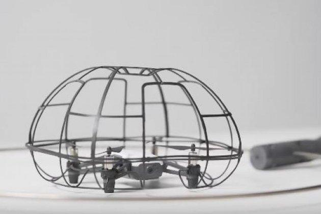 Японські вчені розробили спеціальний бадмінтон для людей з вадами зору
