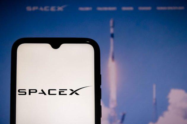 SpaceX відправить перших космічних туристів на орбіту 15 вересня