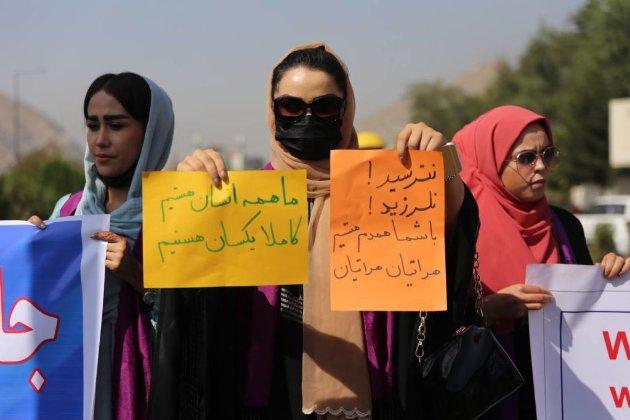 Слезоточивый газ и стрельба. В Кабуле «Талибан» разогнал акцию протеста за права женщин